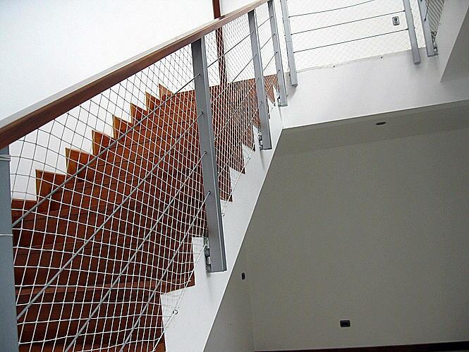 Barandas para nios en escaleras fabulous barandas para - Baranda de escalera ...